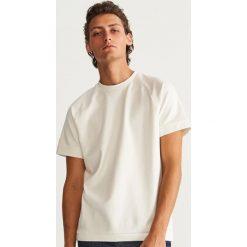 T-shirt - Kremowy. Czarne t-shirty męskie marki Reserved, l. Za 59,99 zł.