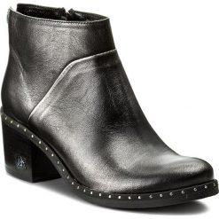 Botki CARINII - B4044 K39-000-000-861. Szare buty zimowe damskie Carinii, z materiału. W wyprzedaży za 269,00 zł.