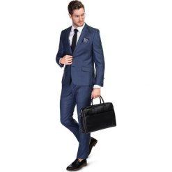 Garnitur LEONARDO GXNS900039. Niebieskie garnitury marki Bertoni, z elastanu. Za 1698,00 zł.