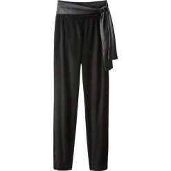 Rurki damskie: Welurowe spodnie z wysokim stanem