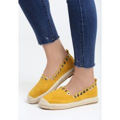Żółte Espadryle Say Yes. Żółte espadryle damskie marki Born2be, moro, na płaskiej podeszwie. Za 59,99 zł.