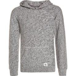 Bench HOODED OVERHEAD Bluza z kapturem grey marl. Szare bluzy chłopięce rozpinane marki Bench, z bawełny, z kapturem. W wyprzedaży za 167,20 zł.