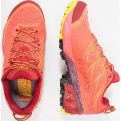 La Sportiva AKYRA WOMAN Obuwie do biegania Szlak berry. Czerwone buty do biegania damskie La Sportiva, z gumy. Za 649,00 zł.