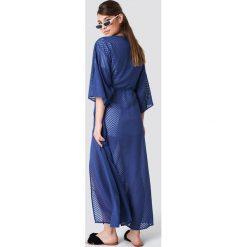NA-KD Boho Sukienka-płaszcz z szyfonu - Blue. Niebieskie sukienki boho marki NA-KD Boho, na imprezę, w koronkowe wzory, z koronki, na ramiączkach, mini. Za 161,95 zł.