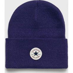 Converse - Czapka. Niebieskie czapki zimowe damskie marki Converse, na zimę, z dzianiny. Za 89,90 zł.
