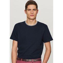 T-shirt z dzianiny strukturalnej - Granatowy. Białe t-shirty męskie marki Reserved, l. Za 59,99 zł.