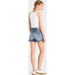 Calvin Klein Jeans HIGH RISE SHORT RAW Szorty jeansowe endless blue. Niebieskie jeansy damskie Calvin Klein Jeans. Za 399,00 zł.