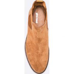 Gino Rossi - Botki Utako. Brązowe buty zimowe damskie marki Gino Rossi, z gumy, z okrągłym noskiem. W wyprzedaży za 299,90 zł.
