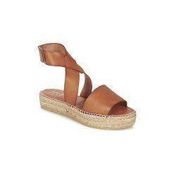 Sandały Betty London  EBALUIE. Brązowe sandały trekkingowe damskie marki Betty London. Za 259,00 zł.