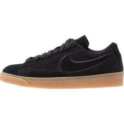 Tenisówki damskie: Nike Sportswear BLAZER LOW SD Tenisówki i Trampki black/light brown