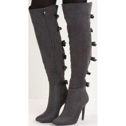 Ciemnoszare Kozaki Territory of Bows. Czarne buty zimowe damskie Born2be, na wysokim obcasie, na szpilce. Za 139,99 zł.