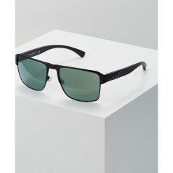 Emporio Armani Okulary przeciwsłoneczne matte black. Szare okulary przeciwsłoneczne męskie wayfarery marki Emporio Armani, l, z nadrukiem, z bawełny, z okrągłym kołnierzem. Za 649,00 zł.