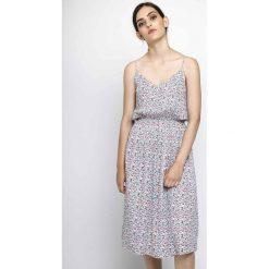 Sukienki hiszpanki: Sukienka prosty krój długość 3/4, cienkie ramiączka