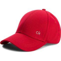 Czapka CALVIN KLEIN - Ck Metallic Baseball K40K400185 627. Czerwone czapki damskie Calvin Klein, z bawełny. Za 129,00 zł.