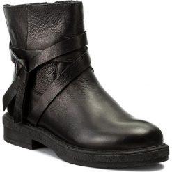 Botki NESSI - 17250/N Czarny 912. Czarne buty zimowe damskie marki Nessi, z materiału, na obcasie. W wyprzedaży za 269,00 zł.