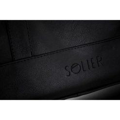 Męska elegancka torba na ramię Solier NORMAN czarna. Czarne torby na ramię męskie marki Solier, w paski, z jeansu. Za 179,00 zł.
