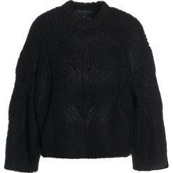 Swetry klasyczne damskie: DESIGNERS REMIX VICKI CABLE Sweter black