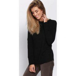 Czarny Sweter Clear View. Czarne swetry klasyczne damskie Born2be, na jesień, l. Za 59,99 zł.