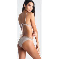 Bikini: Suboo Bikini stone