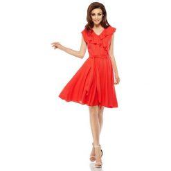 Czerwona Rozkloszowana Sukienka z Kopertowym Dekoltem z Falbanką. Czerwone sukienki letnie Molly.pl, na co dzień, l, z kopertowym dekoltem, kopertowe. Za 159,90 zł.