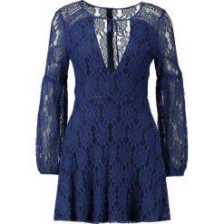 Sukienki: Missguided PLUNGE TIE NECK SKATER DRESS Sukienka koktajlowa navy