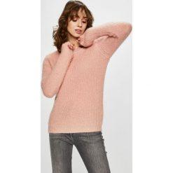 Vero Moda - Sweter. Szare swetry klasyczne damskie marki Vero Moda, l, z dzianiny, z okrągłym kołnierzem. Za 119,90 zł.