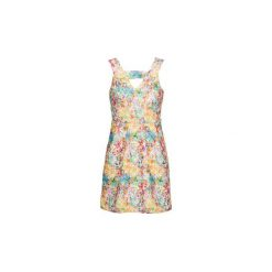 Sukienki krótkie Yumi  CHITAE. Szare sukienki mini marki Yumi, z krótkim rękawem. Za 335,20 zł.