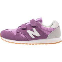 New Balance Tenisówki i Trampki purple. Fioletowe trampki chłopięce marki New Balance, z materiału. Za 249,00 zł.