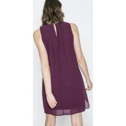Vero Moda - Sukienka. Szare sukienki mini Vero Moda, na co dzień, m, z poliesteru, casualowe, proste. W wyprzedaży za 119,90 zł.