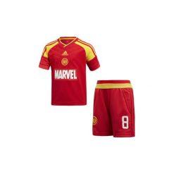 Spodnie dresowe dziewczęce: Zestawy dresowe adidas  Zestaw piłkarski Marvel Iron Man