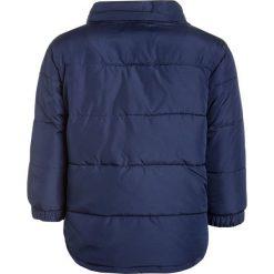 GAP WARMEST Płaszcz zimowy elysian blue. Niebieskie kurtki chłopięce przeciwdeszczowe GAP, na zimę, z materiału. W wyprzedaży za 164,45 zł.