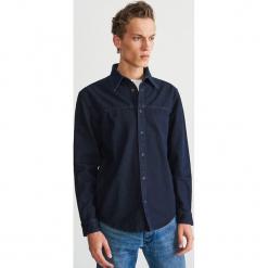 Jeansowa koszula - Granatowy. Niebieskie koszule męskie jeansowe Reserved, l. Za 139,99 zł.