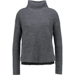Swetry klasyczne damskie: Rich & Royal Sweter grey melange