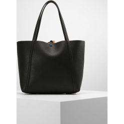 Armani Exchange Torba na zakupy black. Czarne shopper bag damskie marki Armani Exchange, l, z materiału, z kapturem. Za 419,00 zł.