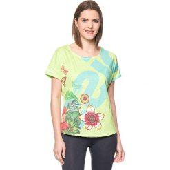 Bluzki sportowe damskie: Koszulka w kolorze zielonym ze wzorem