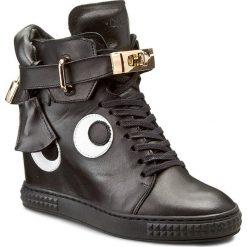 Sneakersy CARINII - B3767/O E50-000-PSK-B88. Czarne sneakersy damskie Carinii, z materiału. W wyprzedaży za 299,00 zł.