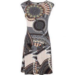 Sukienka bonprix kolorowy z nadrukiem. Szare sukienki dzianinowe bonprix, w kolorowe wzory, etno. Za 79,99 zł.