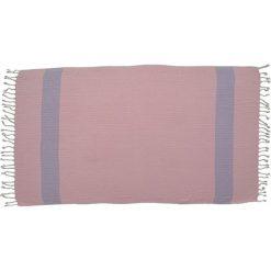 Kąpielówki męskie: Ręcznik w kolorze różowym