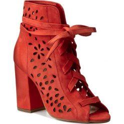 Botki CARINII - B4154  H55-000-000-C00. Czarne buty zimowe damskie marki Carinii, z materiału, z okrągłym noskiem, na obcasie. W wyprzedaży za 189,00 zł.