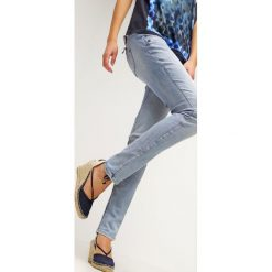 Freeman T. Porter ALEXA Jeansy Slim Fit flexy bleached. Niebieskie jeansy damskie marki Freeman T. Porter. W wyprzedaży za 327,20 zł.