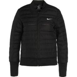 Nike Performance Kurtka do biegania black/black/metallic silver. Czarne kurtki sportowe damskie Nike Performance, l, z materiału. W wyprzedaży za 532,35 zł.