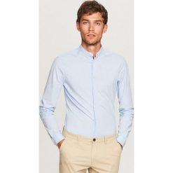 Koszula ze stójką super slim fit - Niebieski. Niebieskie koszule męskie na spinki marki Reserved, m, ze stójką. Za 99,99 zł.