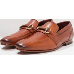 Ted Baker DAISER Eleganckie buty tan. Czarne buty wizytowe męskie marki Ted Baker, z materiału. Za 799,00 zł.