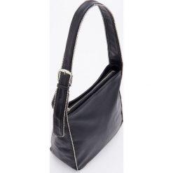 Torebka typu hobo bag - Czarny. Czarne torebki klasyczne damskie Reserved. Za 129,99 zł.
