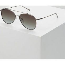 Calvin Klein Okulary przeciwsłoneczne matte gunmetal. Szare okulary przeciwsłoneczne męskie aviatory Calvin Klein. W wyprzedaży za 503,20 zł.