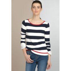 Swetry klasyczne damskie: Sweter w pasy