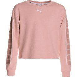 Puma STYLE CREW  Bluza peach beige. Czerwone bluzy chłopięce marki Puma, xl, z materiału. Za 149,00 zł.