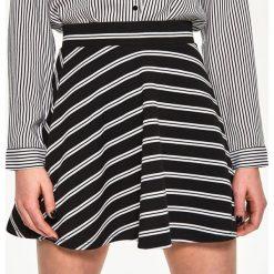 Spódniczki rozkloszowane: Rozkloszowana spódniczka – Wielobarwn