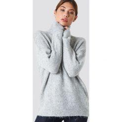 NA-KD Sweter oversize z golfem - Grey. Szare golfy damskie marki NA-KD, z bawełny, z podwyższonym stanem. Za 202,95 zł.