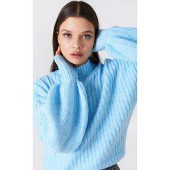 Trendyol Sweter z półgolfem i bufiastym rękawem - Blue. Niebieskie swetry klasyczne damskie marki Trendyol, z dzianiny, z golfem. W wyprzedaży za 66,57 zł.